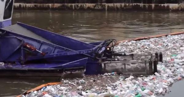 Cách Người Nước Ngoài Vệ Sinh Dòng Sông