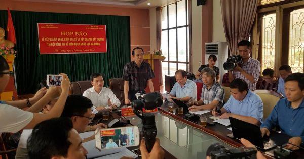 Hai thanh tra do Bộ điều động vắng mặt không phép trong buổi quét bài thi
