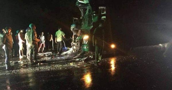 Đắk Lắk: Hai xe khách giường nằm tông nhau, 24 người trọng thương