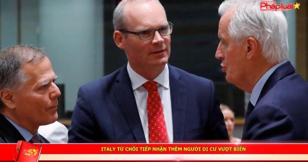 Italy từ chối tiếp nhận thêm người di cư vượt biển