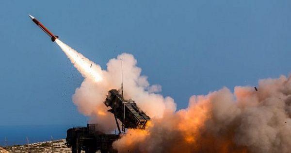 Israel bắn rơi máy bay chiến đấu Syria gần cao nguyên Golan