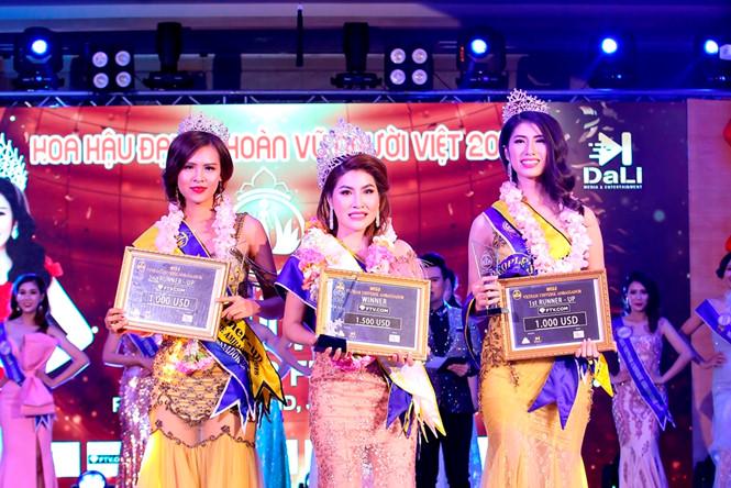 Vương miện Hoa hậu Đại sứ Hoàn vũ người Việt 2018 đã có chủ nhân