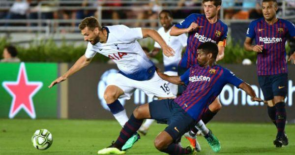 ICC 2018: Tân binh tỏa sáng, Barca vượt qua Tottenham sau loạt luân lưu