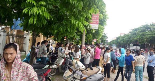 Hàng trăm giáo viên tại Hà Nội có thể mất việc do lãnh đạo ký thừa