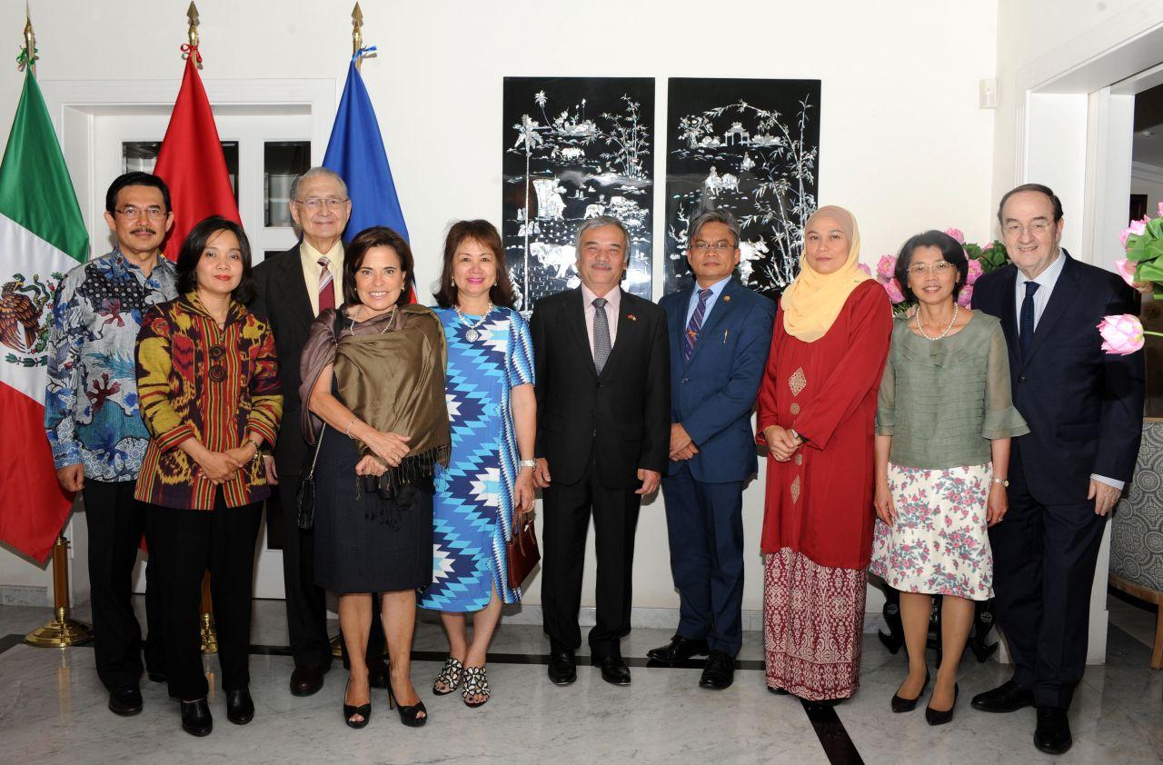 Đại xứ quán Việt Nam tại Mexico kỷ niệm 23 năm Việt Nam gia nhập ASEAN