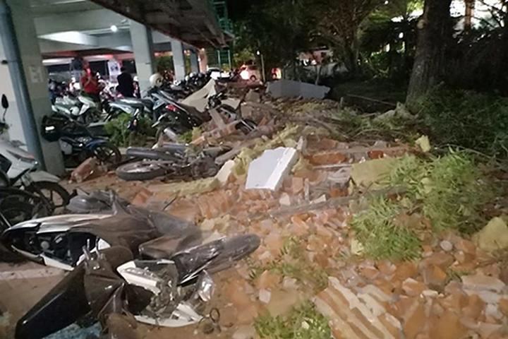 Hoang tàn, đổ nát sau trận động đất kinh hoàng tại Indonesia