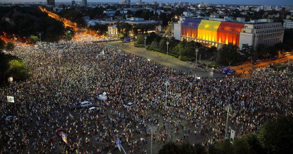 Rumani: Biểu tình phản đối chính phủ bùng phát thành bạo động