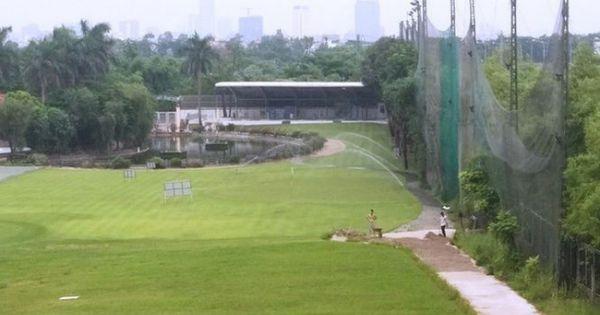 Hơn 9.000m2 đất quy hoạch cây xanh trở thành sân golf, bãi giữ xe