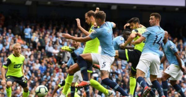 Aguero lập hat-trick, Man City thắng đậm tân binh