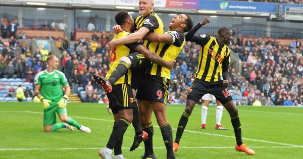Thi đấu tưng bừng, Watford phá dớp không thắng trên sân Turf Moor