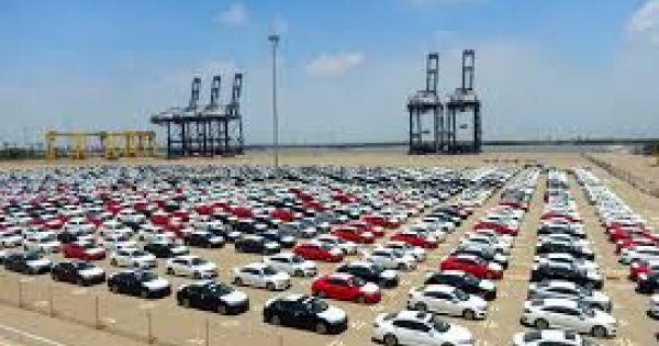 Trong tháng 8, Việt Nam nhập hơn 11.000 ô tô
