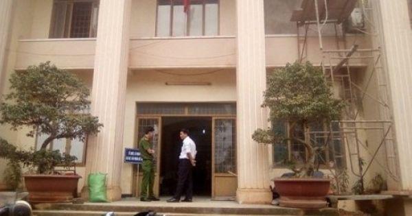 Đắk Lắk: Khởi tố đối tượng đâm chết vợ tại tòa