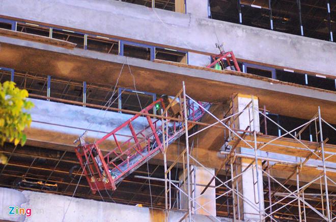 Khởi tố vụ khung sắt rơi từ tầng 16 khiến 1 người tử vong