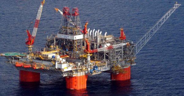 Căng thẳng thương mại, Trung Quốc ngừng nhập dầu thô từ Mỹ