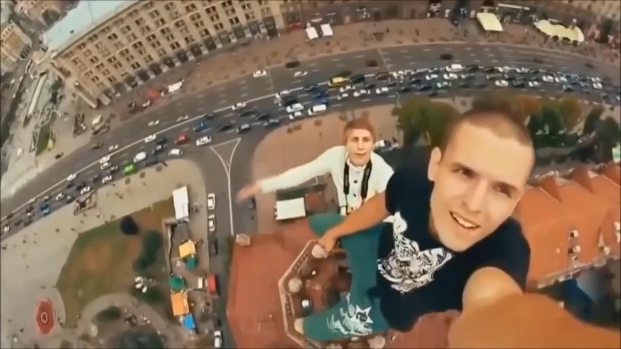 """Hơn 250 người chết vì chụp """"selfie"""" trong 6 năm qua"""