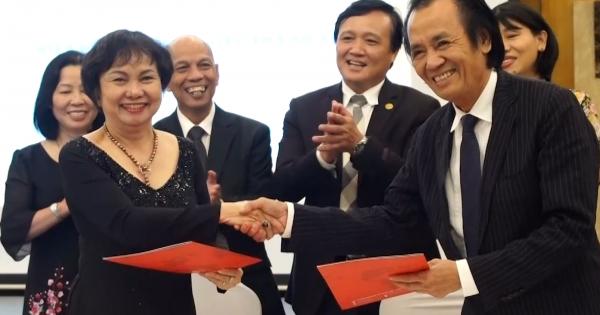 Lễ ký kết hợp tác chính thức giữa Hiệp hội Doanh nhân Việt Nam ở nước ngoài với các Doanh nghiệp Thành Phố