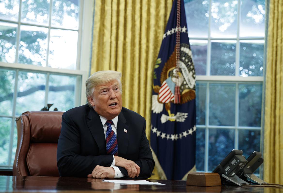 Mỹ: Ông Trump dọa tiếp tục áp thuế lên 267 tỷ USD hàng Trung Quốc