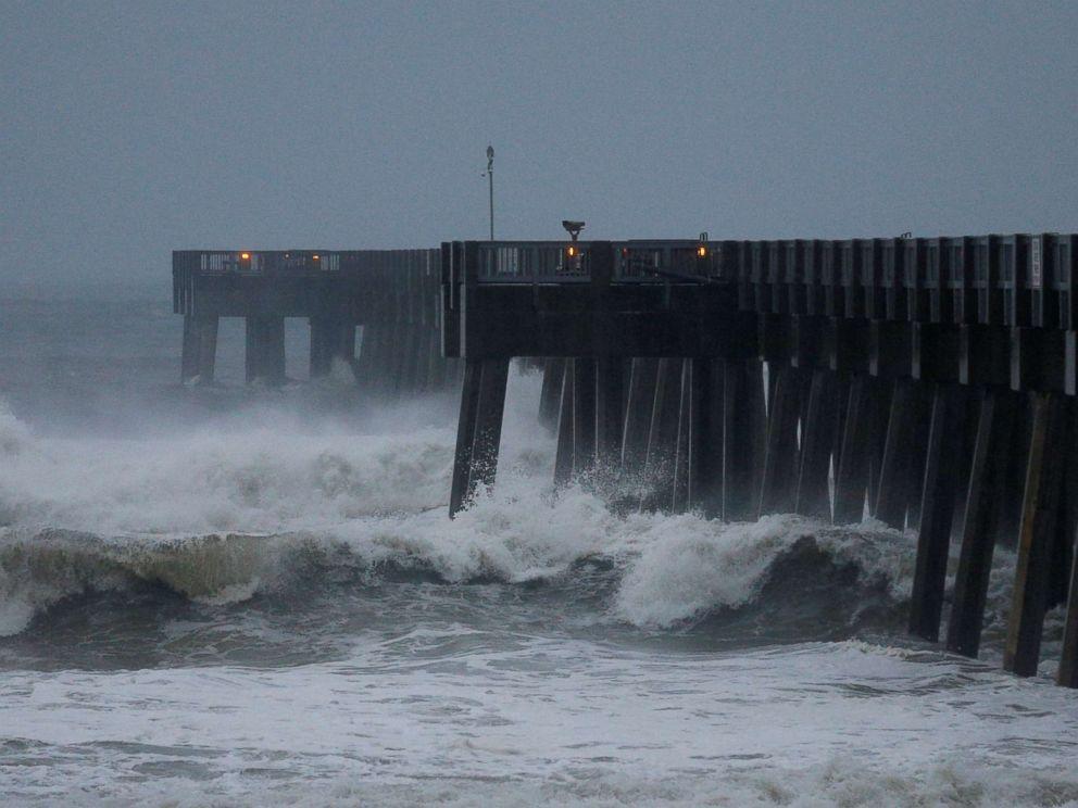 Siêu bão Michael đổ bộ khu vực đông nam nước Mỹ