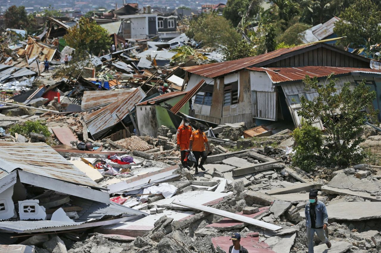 Indonesia lại xảy ra động đất khiến 3 người thiệt mạng