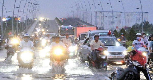 Bộ trưởng Bộ Giao thông Vận tải chỉ đạo cấm đường tạm thời nếu bị ngập sâu
