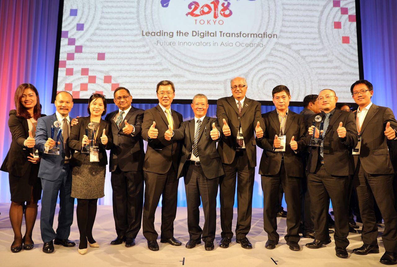 Việt Nam được trao 4 giải thưởng công nghệ thông tin Quốc tế