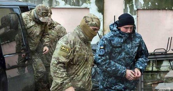 Giữa căng thẳng, Nga và Ukraine tăng cường binh lực đến biên giới