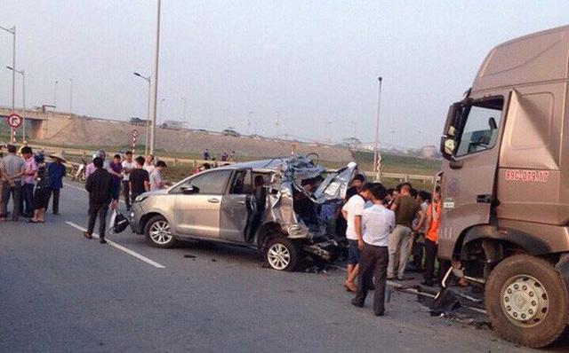 Huỷ 2 bản án, điều tra lại vụ xe container đâm Innova đi lùi trên cao tốc