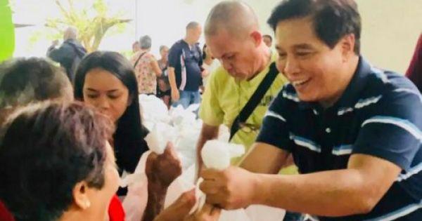 Nghị sĩ Philippines bị sát hại khi đang trao quà Giáng sinh
