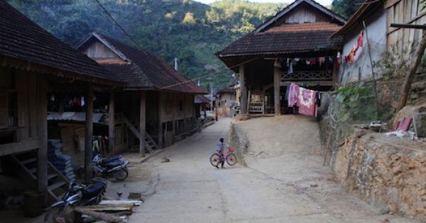 Nhiều phụ nữ ở xã biên giới Nghệ An sang trung quốc bán bào thai