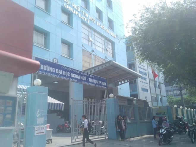 UBND TP.HCM không công nhận ông Trần Quang Nam tiếp tục làm hiệu trưởng HUFLIT