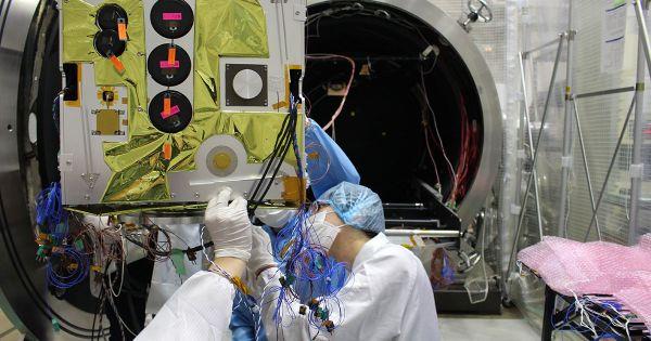 """Vệ tinh """"Made in Vietnam"""" sắp được phóng lên quỹ đạo"""