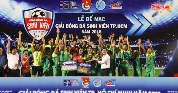 ĐH Tôn Đức Thắng vô địch giải bóng đá sinh viên TP HCM năm 2018