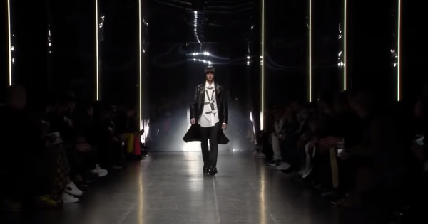 Versace Fall Winter 2019/2020 Full Fashion Show Menswear