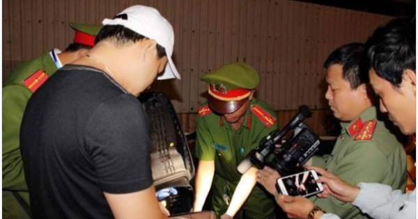 Cách chức trưởng công an phường không phối hợp xử lý tội phạm