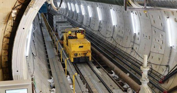 """Công an đang làm rõ vụ """"bào"""" tường vây metro Sài Gòn"""