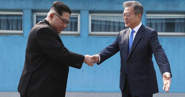 Hàn Quốc được thông báo chuyển hàng trăm tấn xăng dầu cho Triều Tiên