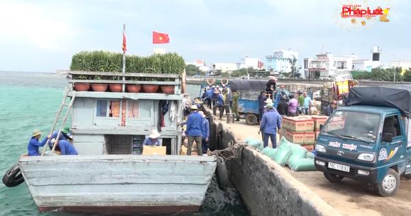 Quảng Ngãi: Ngăn chặn hàng hóa phục vụ Tết kém chất lượng đưa ra đảo Lý Sơn