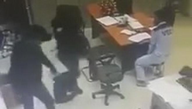 Cướp ở trạm thu phí Dầu Giây: Công an Đồng Nai thu được một giỏ tiền