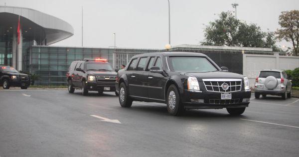 """""""Quái thú"""" của Tổng thống Trump cùng đoàn xe phục vụ chạy về trung tâm Hà Nội"""