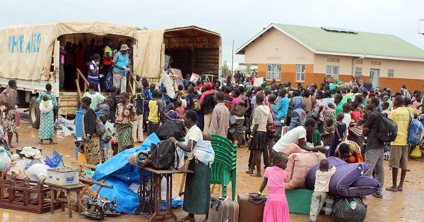 Tổng thống Sudan ban bố tình trạng khẩn cấp, giải tán chính phủ