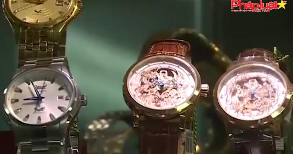 Các hãng bán lẻ nhảy vào lĩnh vực phân phối đồng hồ