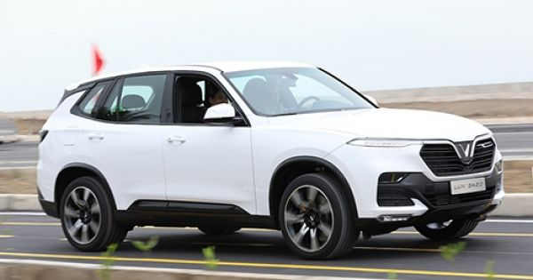 VinFast chuẩn bị bán xe tại Nga