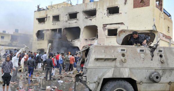 Ai Cập: Đánh bom liều chết ở Bắc Sinai, hơn 30 người thương vong
