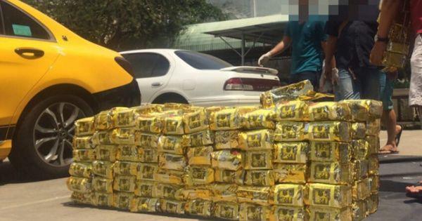 TPHCM: Bắt 1,1 tấn ma túy giấu ở thùng loa