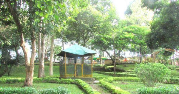 Xây nhà hàng trái phép trên đất công viên: TP Pleiku không cấp phép xây dựng