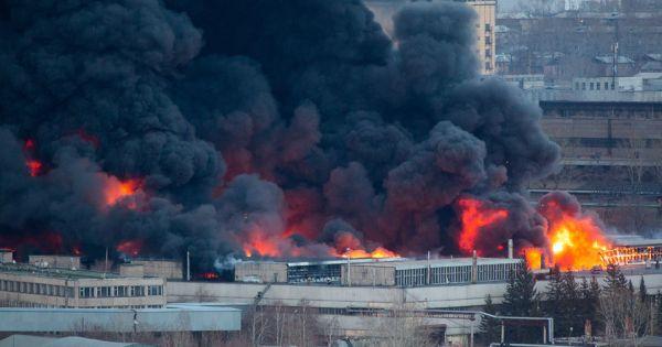 Cháy lớn ở xưởng sản xuất tên lửa hàng đầu của Nga