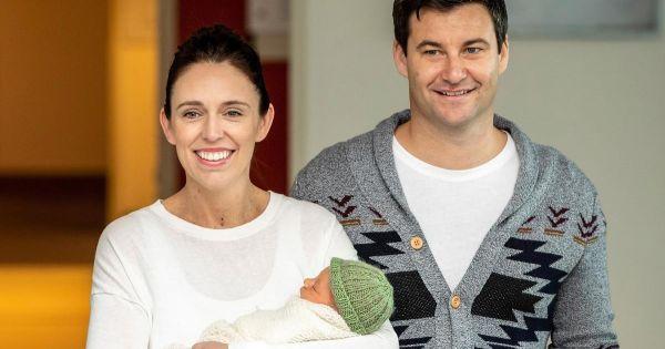 Thủ tướng New Zealand đính hôn sau gần 1 năm sinh con gái