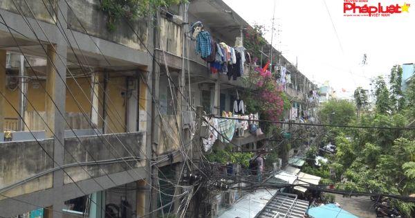 """Thấp thỏm sống trong chung cư """"chờ sập"""" ở TPHCM"""