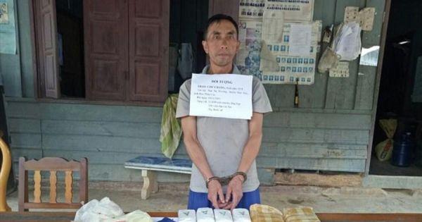 Thanh Hóa: Bắt đối tượng Lào vận chuyển số lượng lớn ma túy tổng hợp