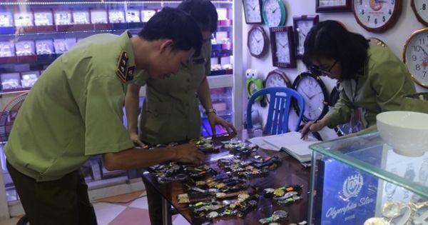Đà Nẵng: Tạm giữ gần 1.300 đồng hồ đeo tay giả các thương hiệu nổi tiếng